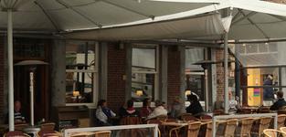 Het terras van Brasserie De Lido
